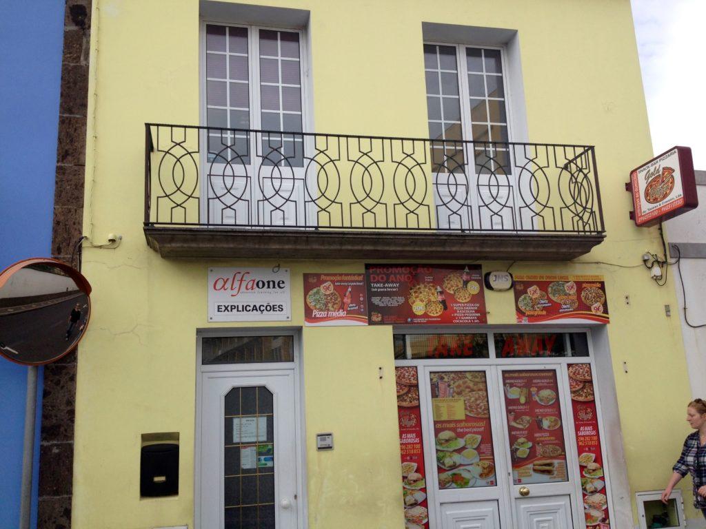 Balkon i Ponta Delgada, Sao Miguel, Azorerne, Portugal