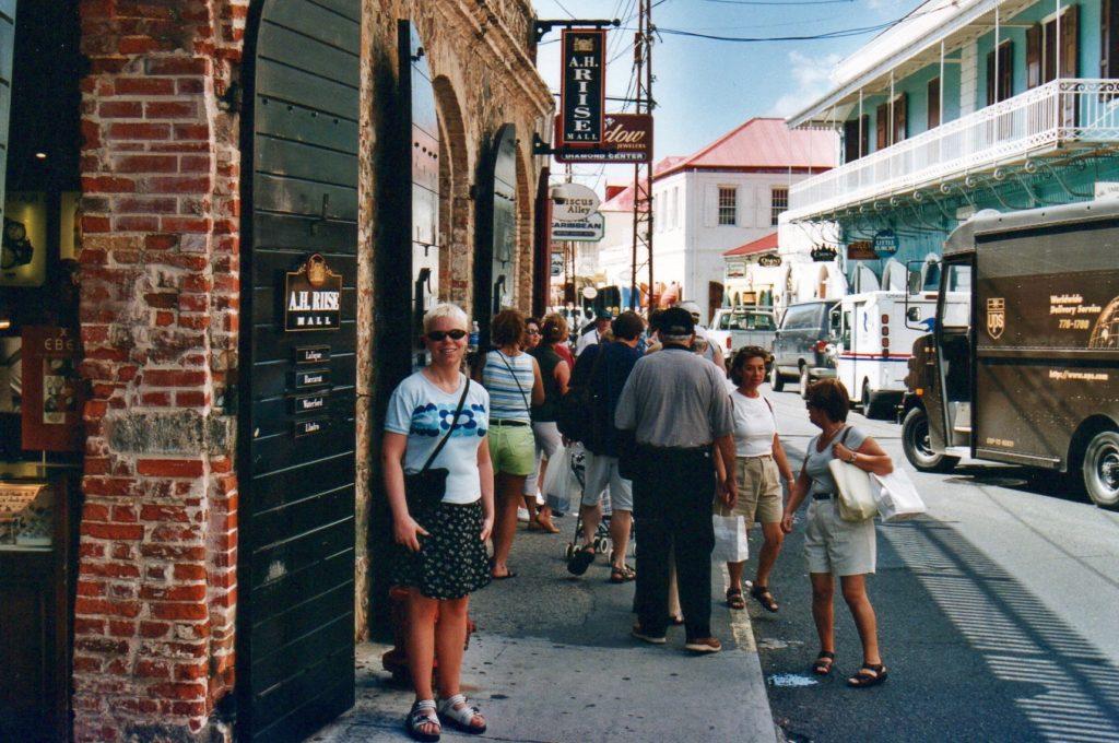 A.H. Riise i Dronningens Gade/Main Street, Charlotte Amalie, St. Thomas, US Virgin Islands.